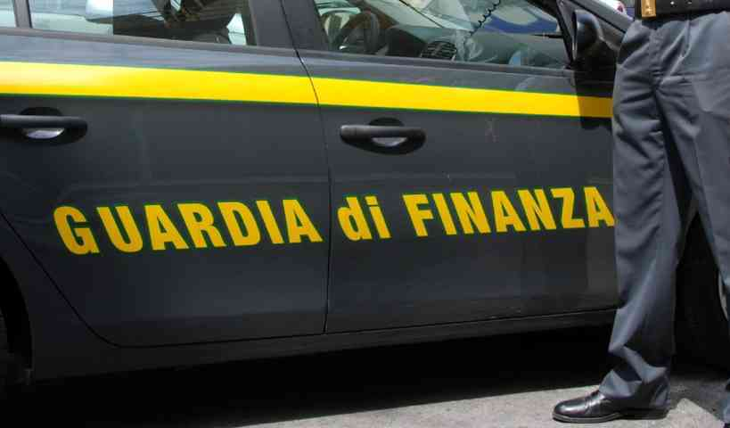 Sequestrati 1000 kg di hascisc, 3 arresti